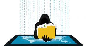 ladro informatico furto dati personali